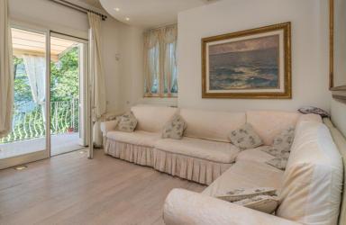 Dervio (LC) Villa d'epoca fronte lago: Immagine Elenchi