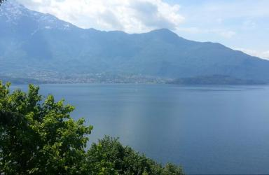Favolosa vista sul lago villa moderna con giardino privato: Immagine Elenchi